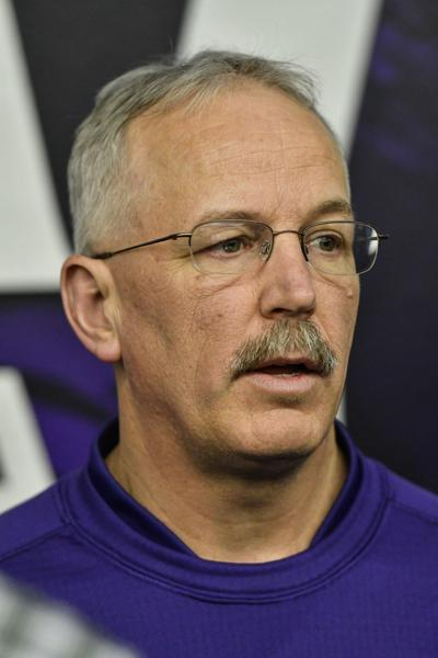 K-State offensive coordinator and tight ends coach Courtney Messingham