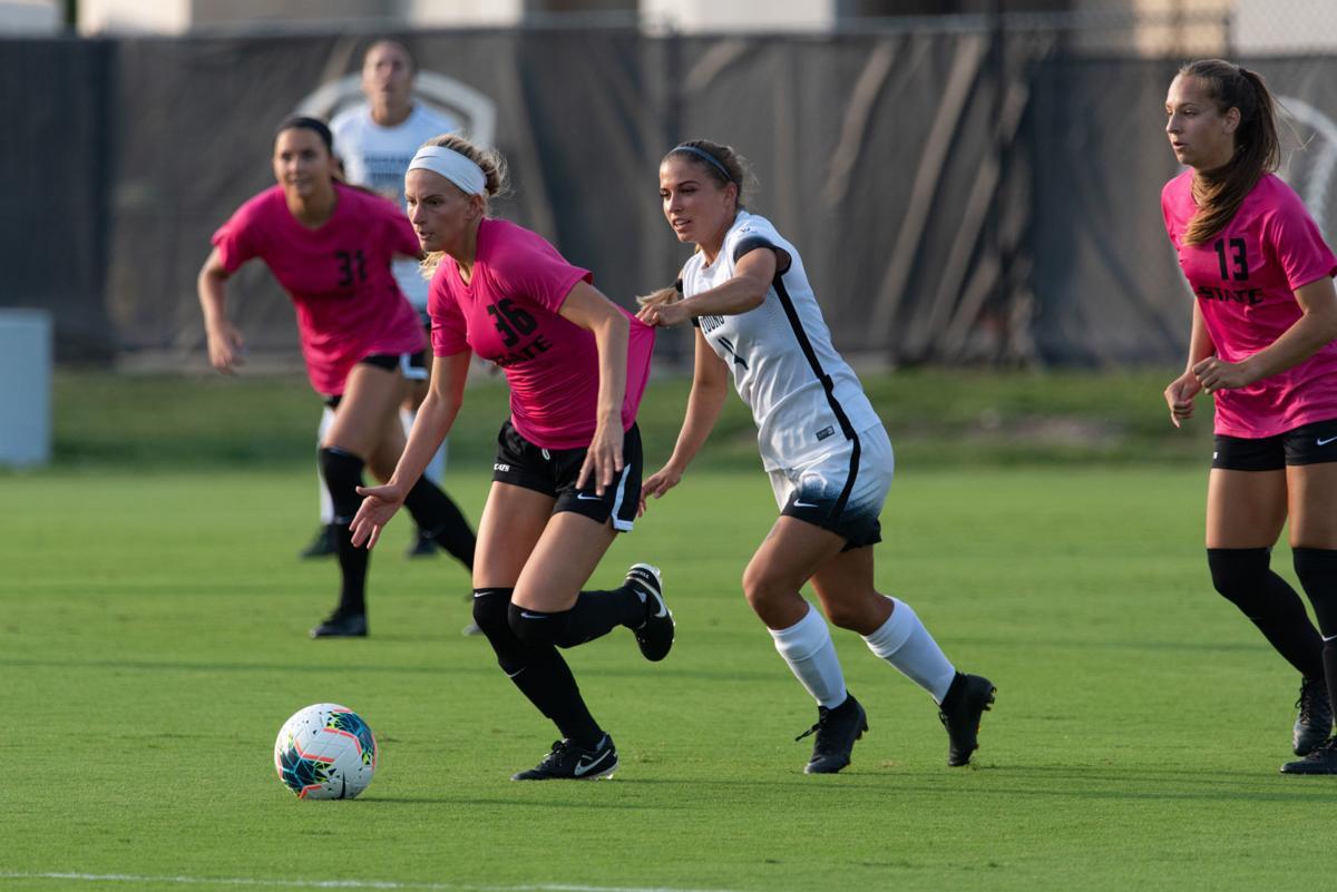 Maddie Souder runs up field