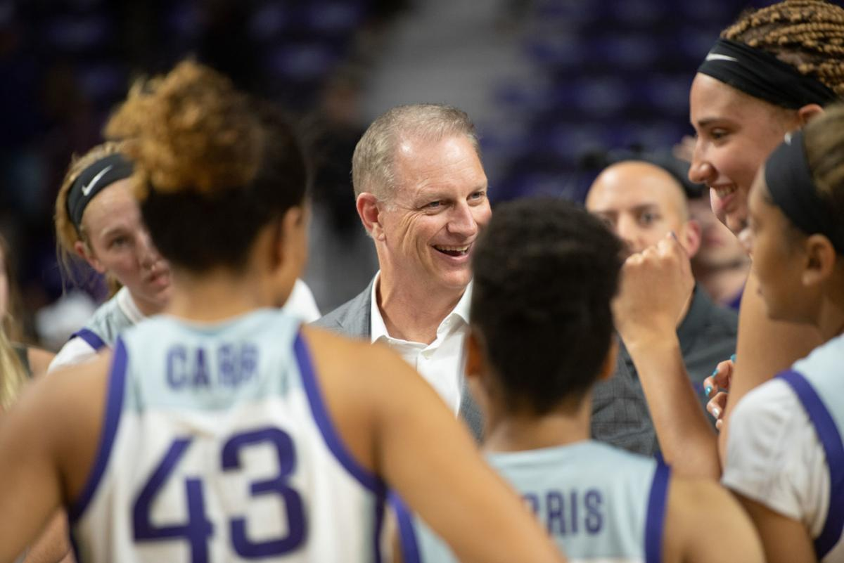 K-State head coach Jeff Mittie talks with his team after defeating Incarnate Word 85-41