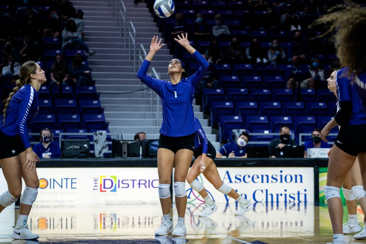 111420_new_mer_kstatetcuvolleyball-1.jpg