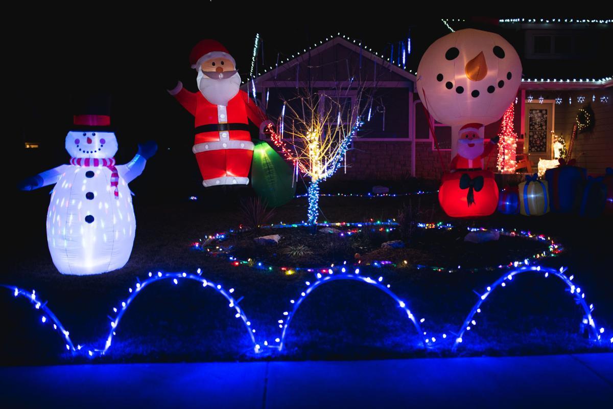 121020_mer_new_christmaslightstour-11.jpg