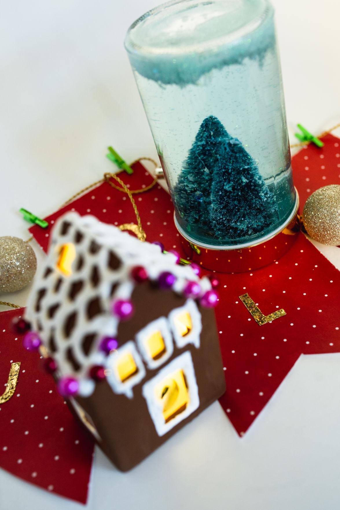 121820_mer_new_christmascrafts-7.jpg