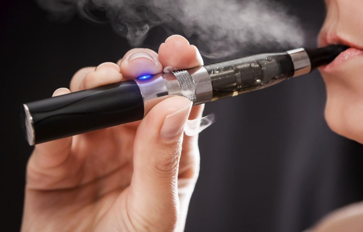 Cloudy controversy surrounds vaping