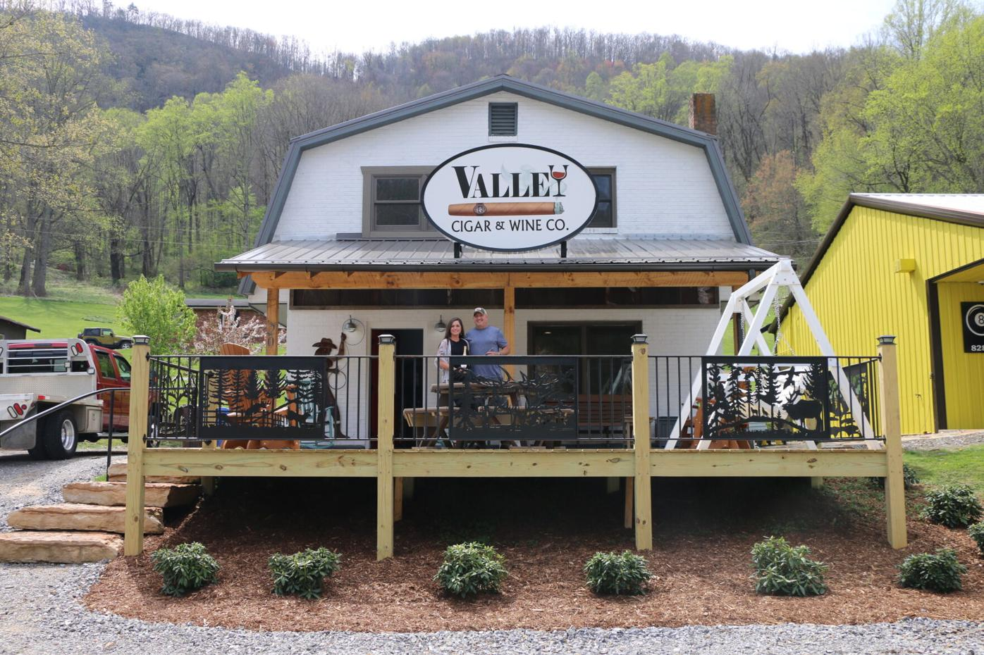Valley Cigar and Wine Co..JPG