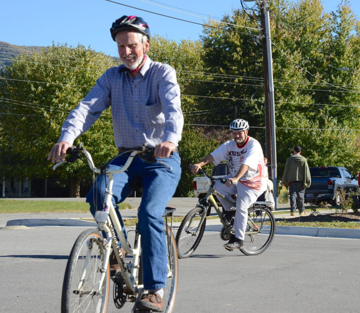 Getting In Gear Bicycle Haywood Helps Homeless On The Road To A