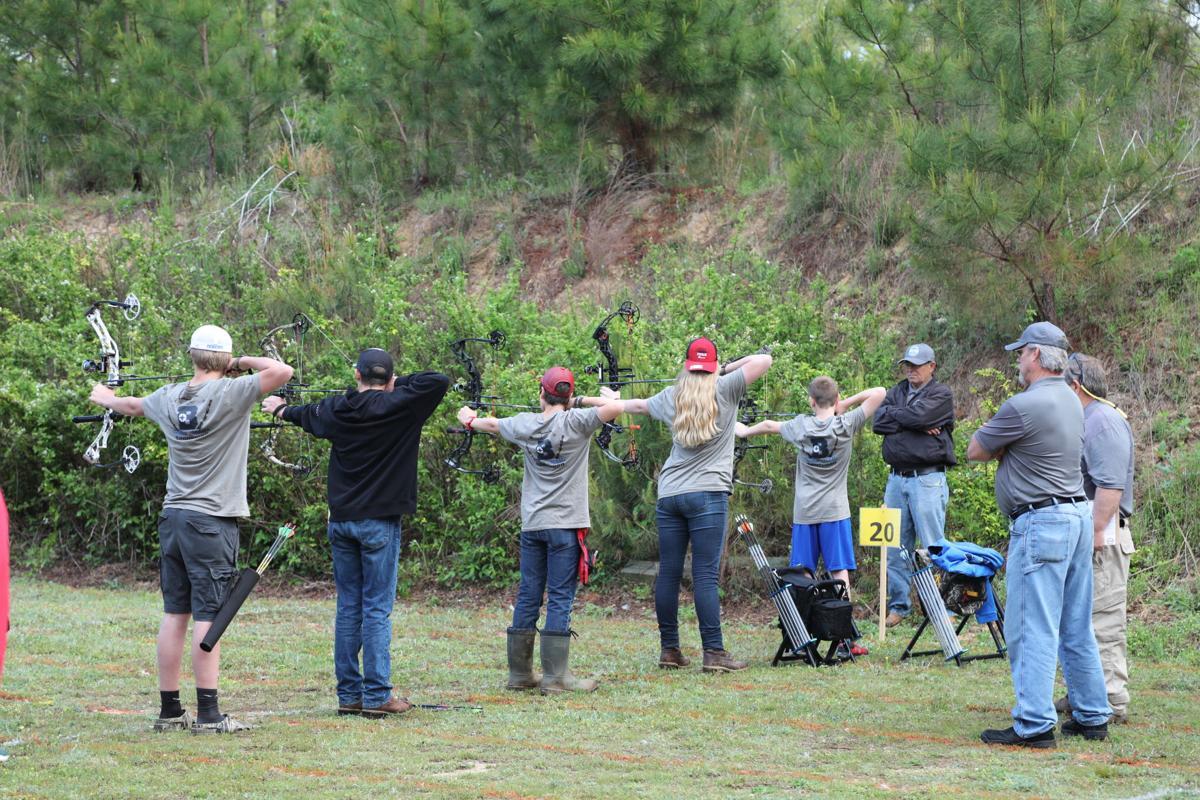 Bethel Middle Archery Team, Seth Reed, Trevor Watson, Christian Basulto, Naomi Goodwin, Cuyler Franklin.jpg