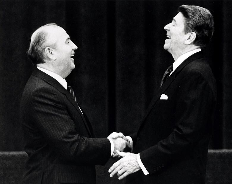 Gorbechev & Reagan.jpg