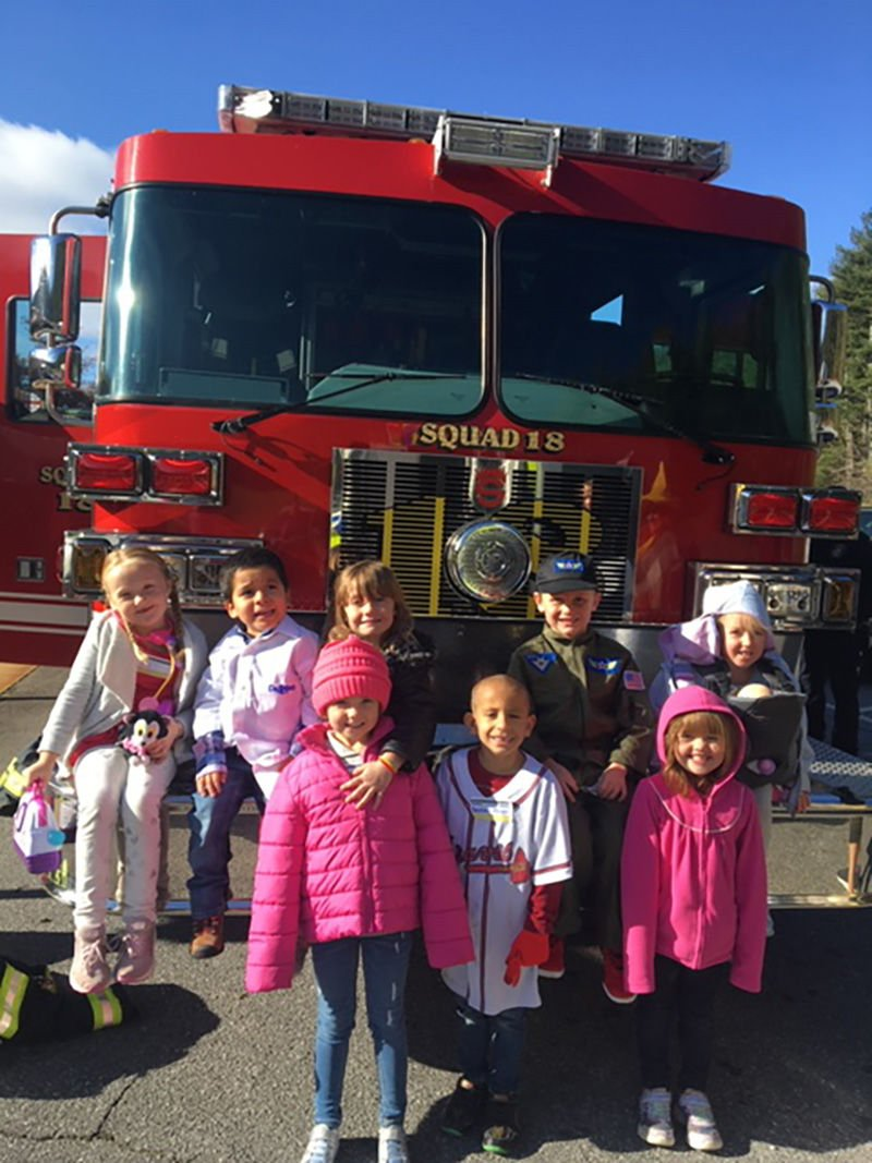 JES Setser's students visited the Waynesville Fire Department fire truck