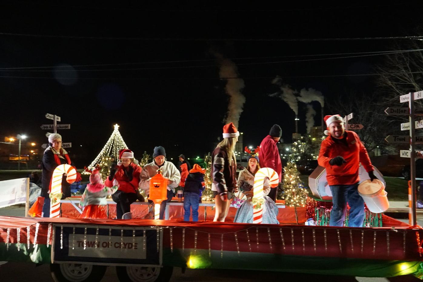 Canton Christmas Parade 2021 Canton Goes Big Bright With Plans For Christmas Parade News Themountaineer Com