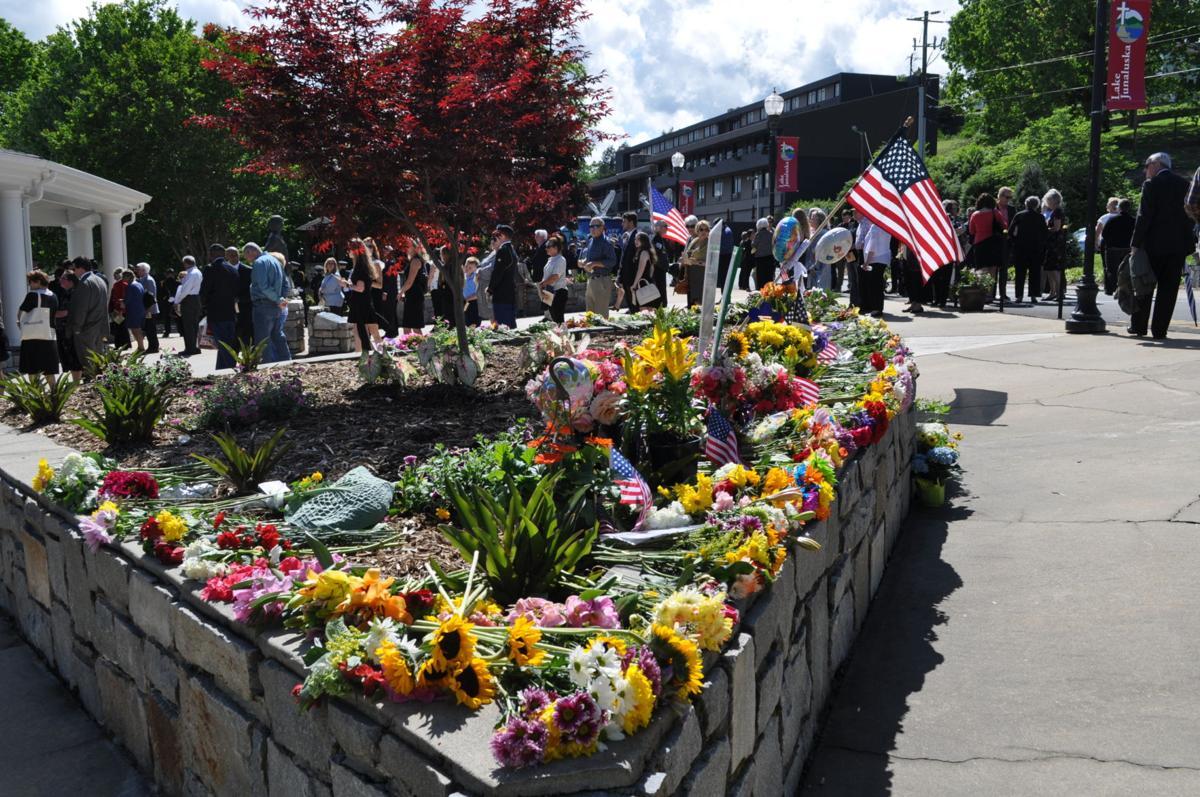 People, memorial.JPG