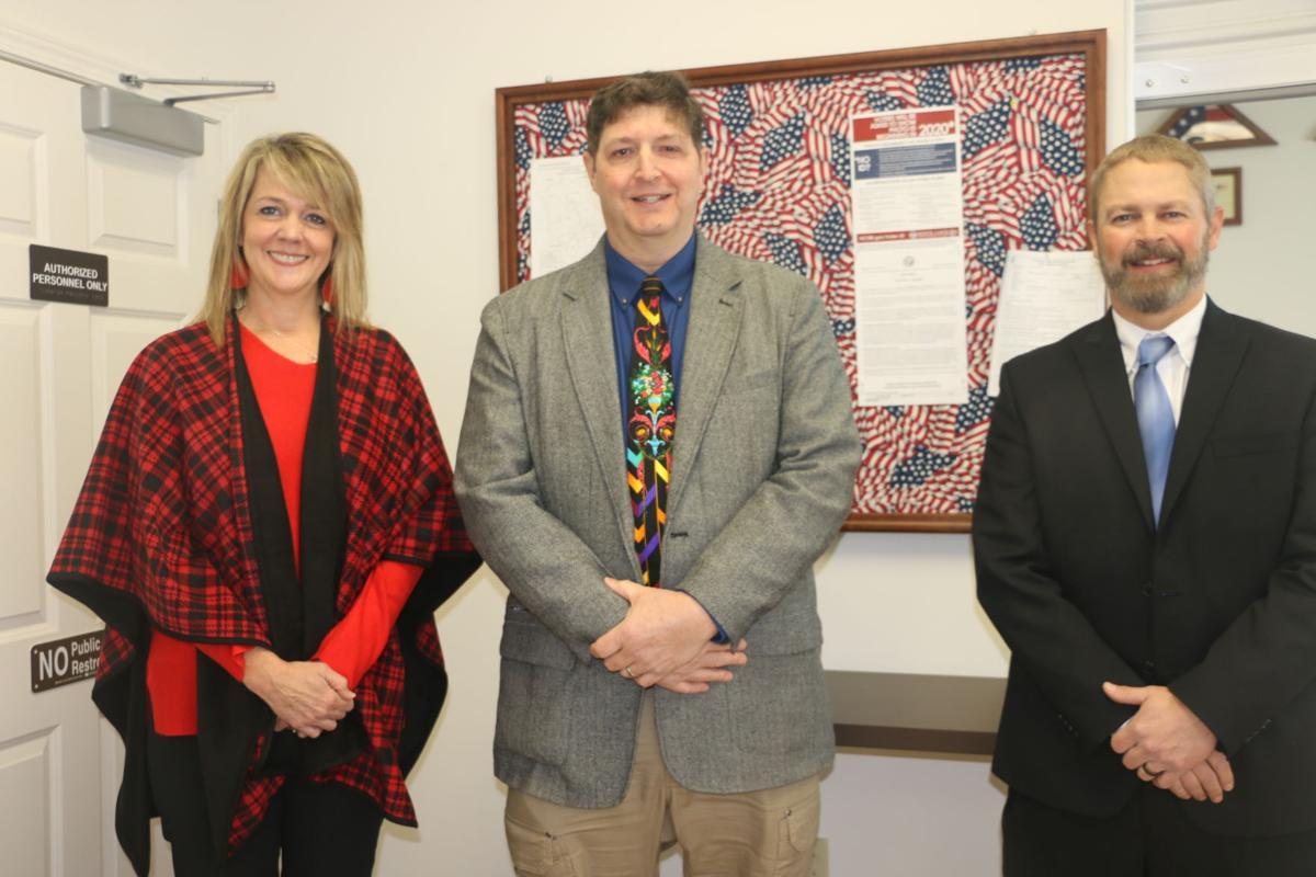 Three GOP commissioners