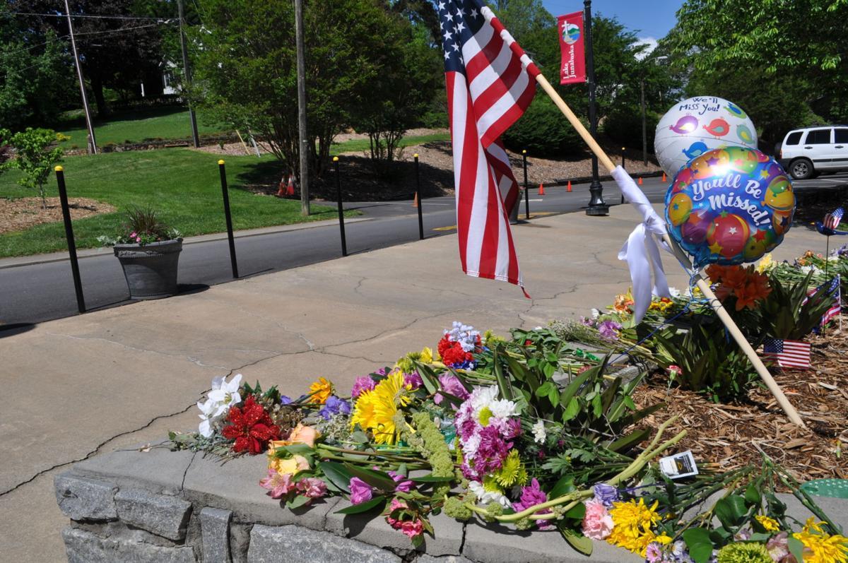 flowers at funeral.JPG