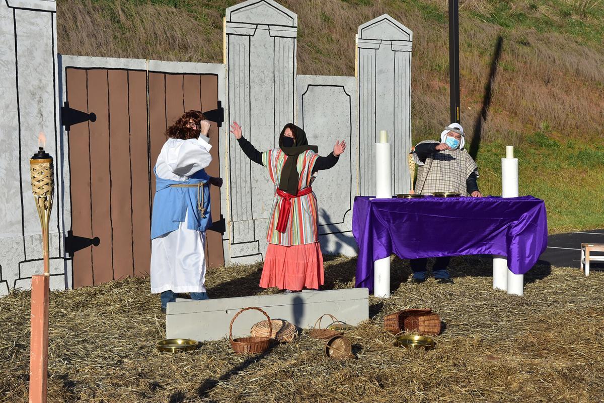 LCUMC Easter DriveThru_wEbinger_4-2-21_A-012.jpg