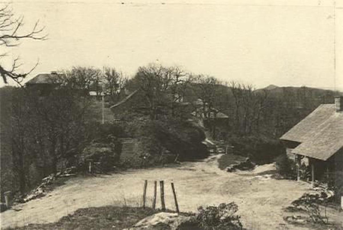 Buck Spring Lodge (1930's).jpg