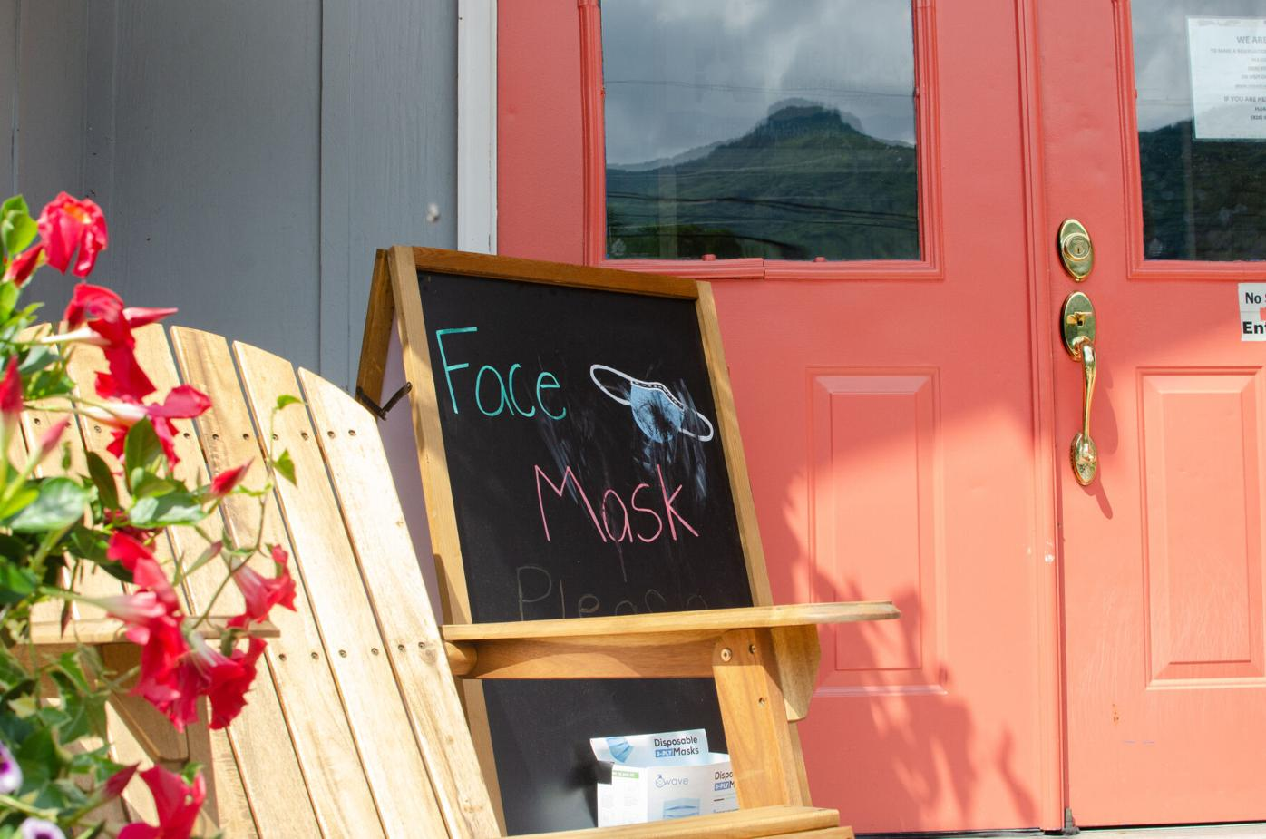 Meadowlark face mask sign.jpg