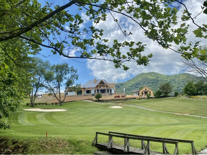 Springdale Country Club clubhouse