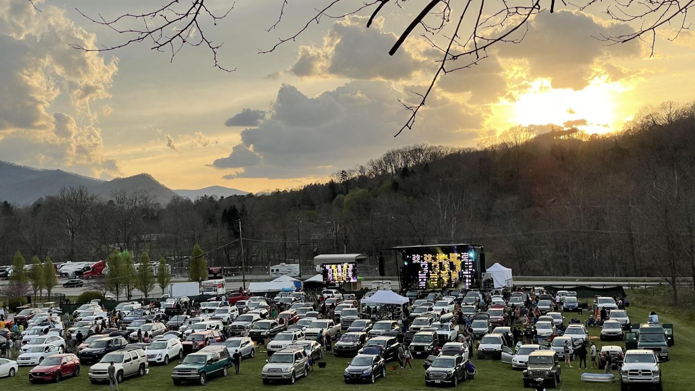 outdoor concerts.jpg