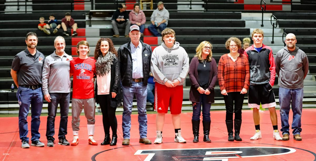 Bears Senior Wrestlers and Parents 2020