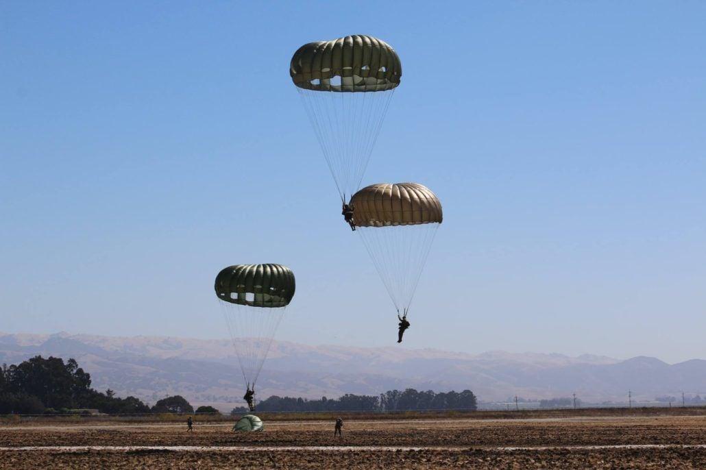 Liberty jump team parachutes