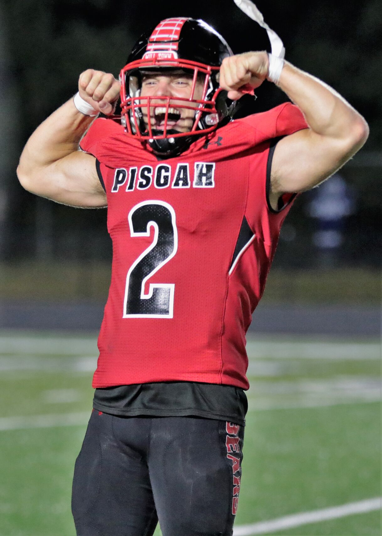 Bears flex their muscles in win over Pickens.JPG