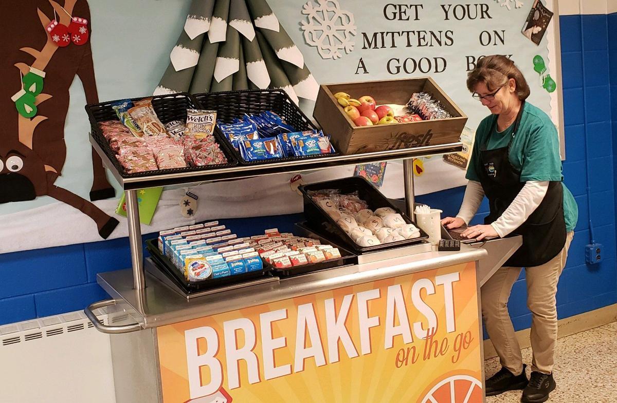 school breakfast cart 1.JPG