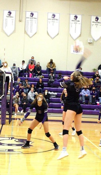 Lady Spartans walk Huskies right out the door