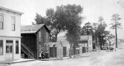 Cottonwood Ave in 1880