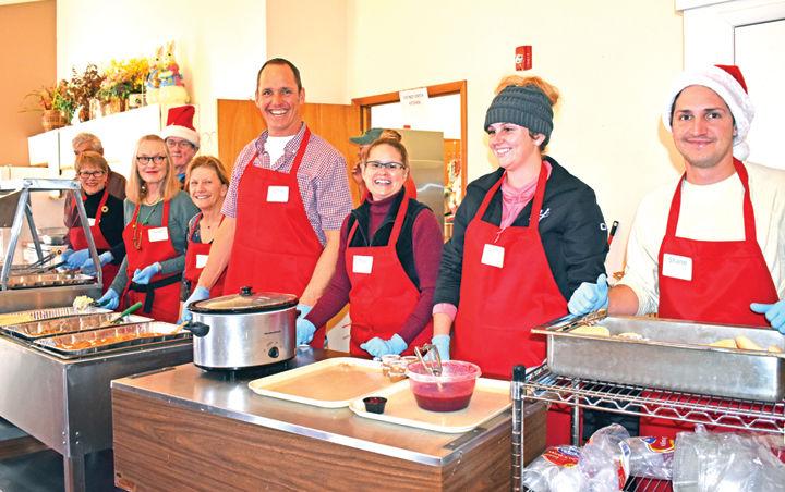 Christmas Community Dinner volunteers