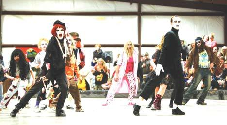 Zombies Perform Thriller Dance Themountainmail Free Content Halftime Show 2011