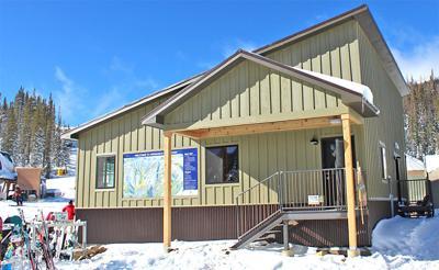 Monarch Mountain's new ski and ride school building