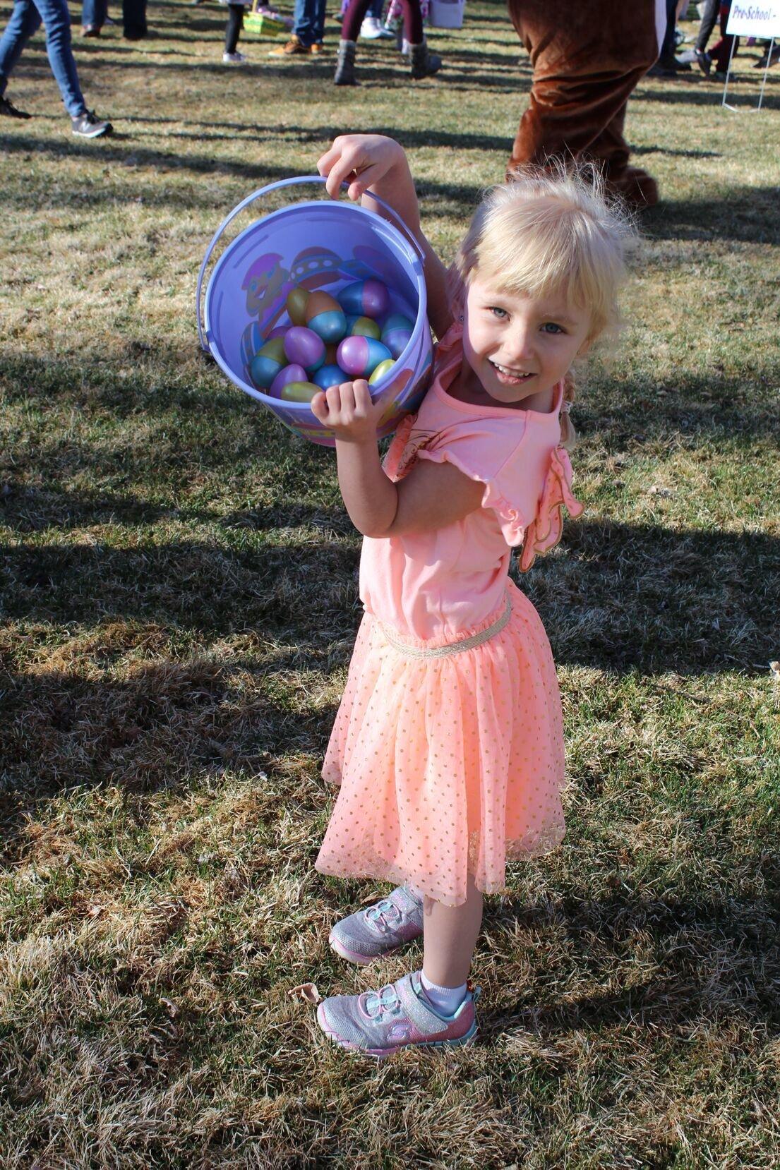 0403 easter egg elizabeth kinyon.tif