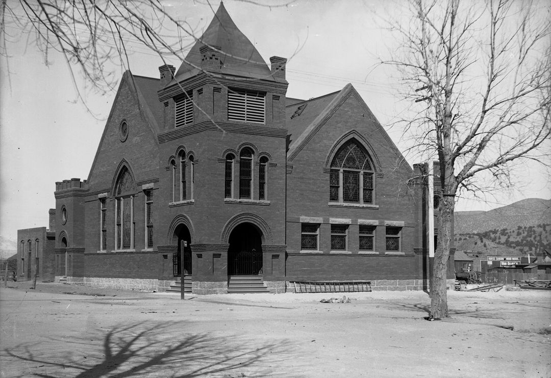 Presbyterian Church at Third and F streets in 1901