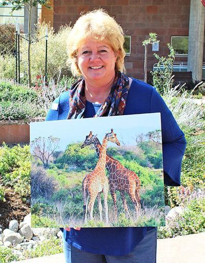 Salidan shows art photos at hospital