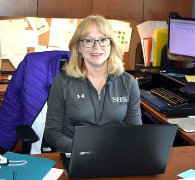 Principal Tammy Thompson retires
