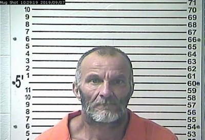 Domestic dispute call leads to felony arrest, man wanted in two counties