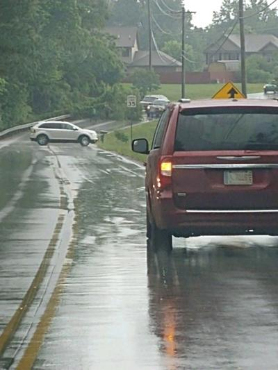 Traffic diverted after tree blocks roadway