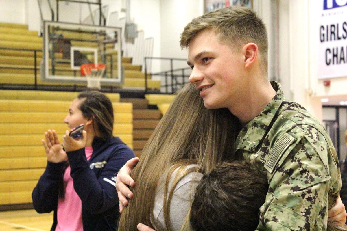 Sailor surprises sisters with heartwarming reunion