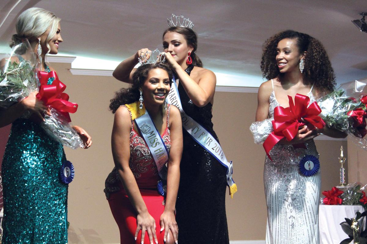 Harris crowned Miss Hardin County Fair in debut on stage