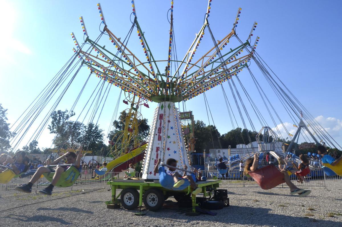 Fairgoers enjoy thrilling rides