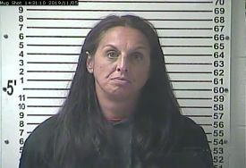 Police: Woman stole tools, resold them to pawn shop