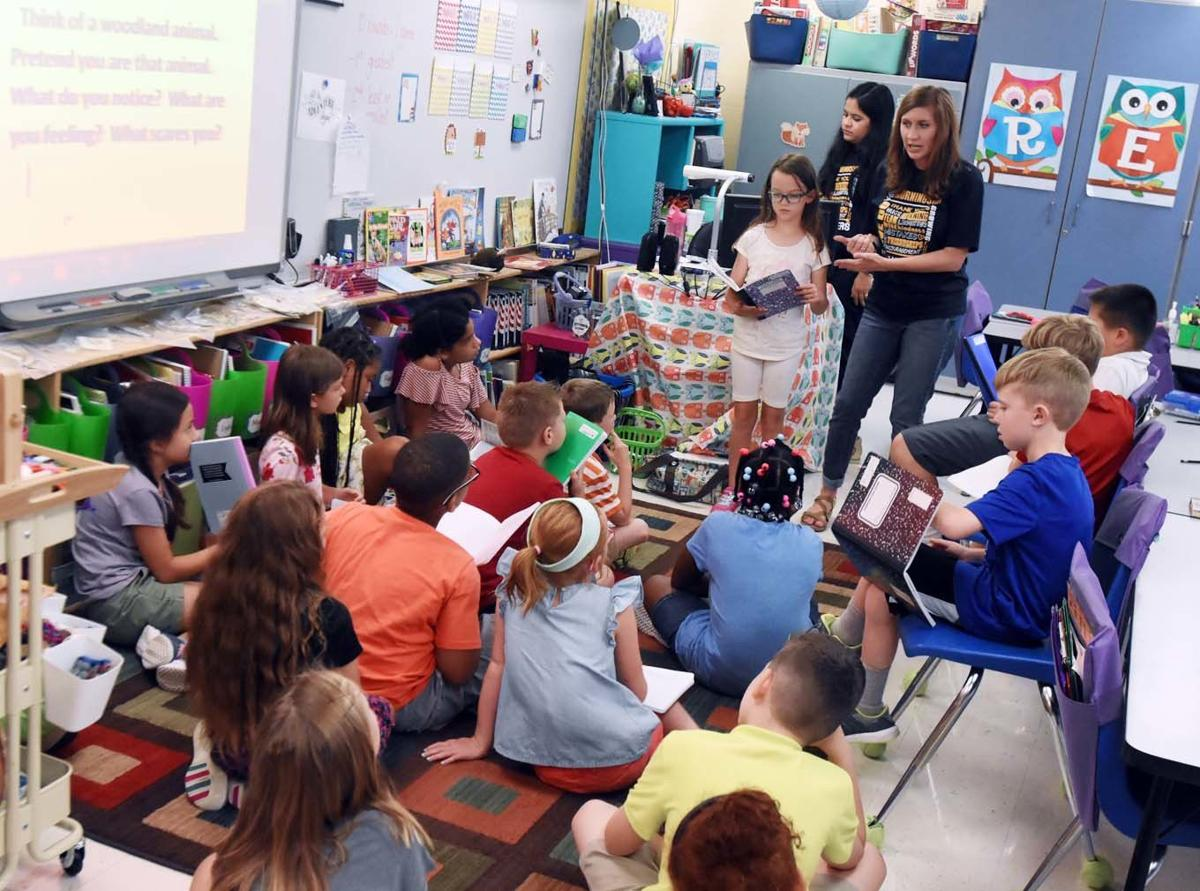 Students learn about animals, nature through parks program