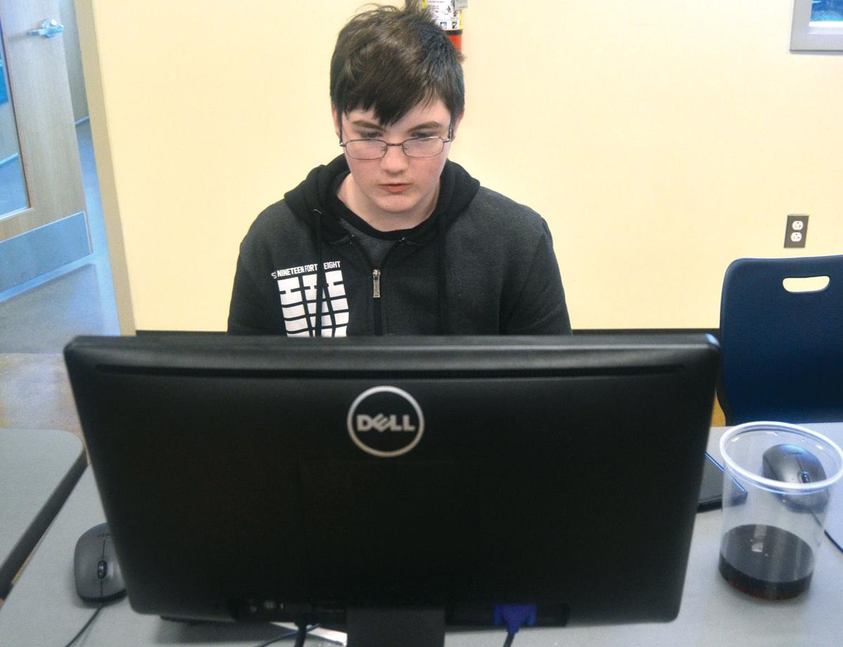 Local students bond, battle through competitive gaming