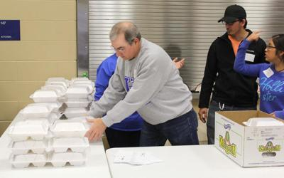 Thanksgiving dinners offered by churches