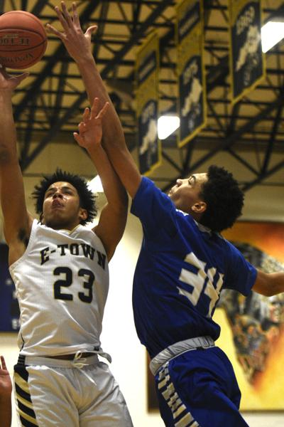 Panthers jump ahead early, defeat Trojans