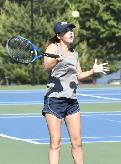 HIGH SCHOOL TENNIS: E'town's Newsome earns USTA scholarship