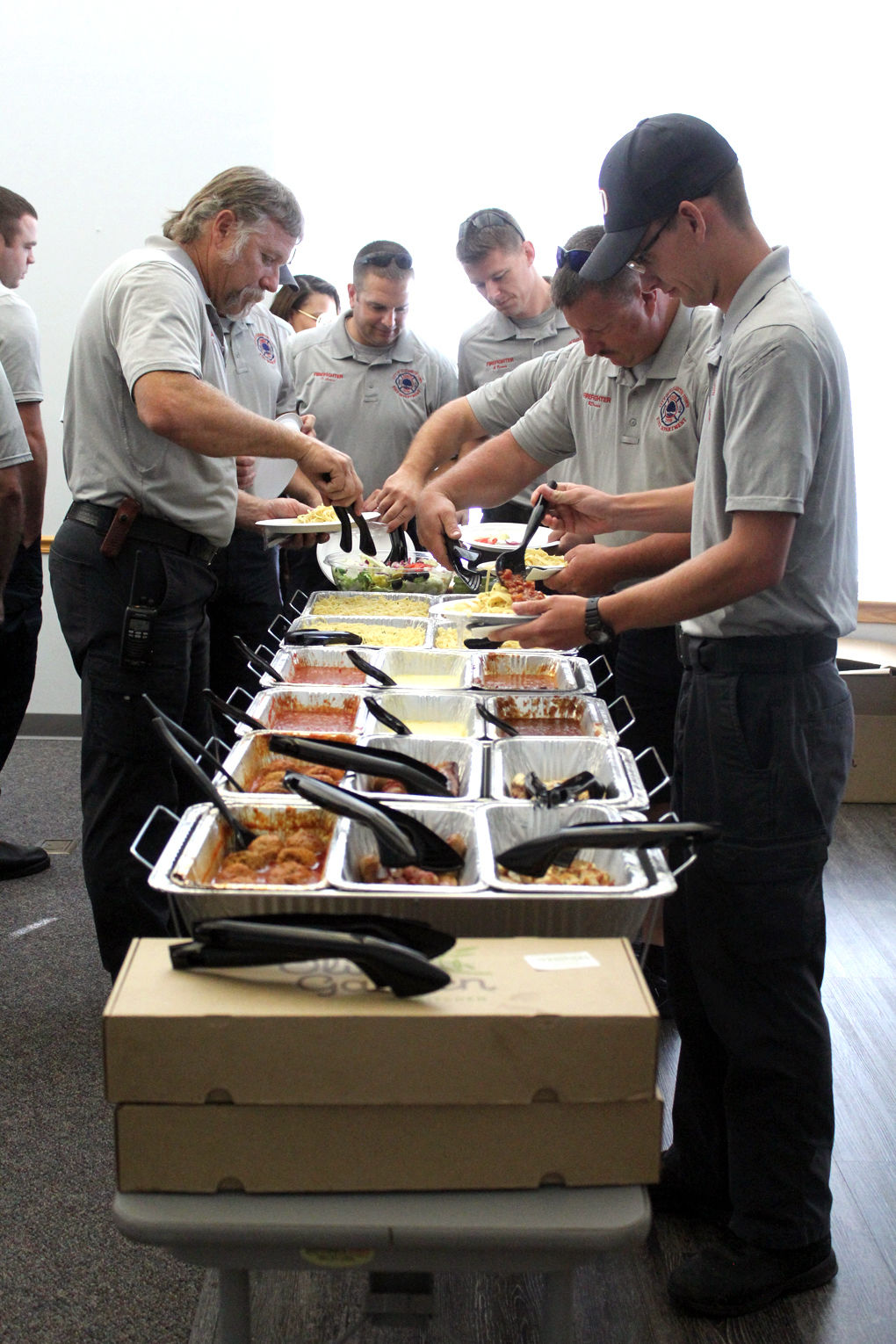 Olive Garden Gives Labor Day Meal To First Responders Local News