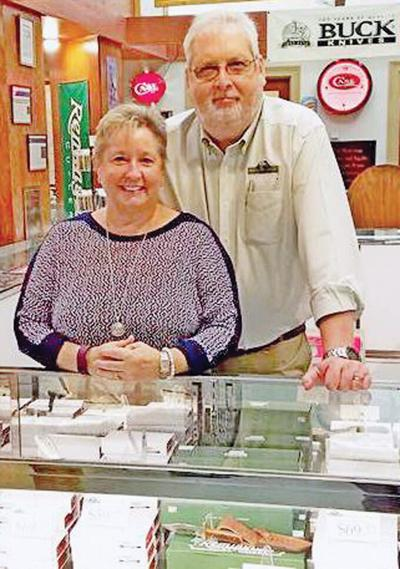 Knife show bringing 'big name' to Radcliff