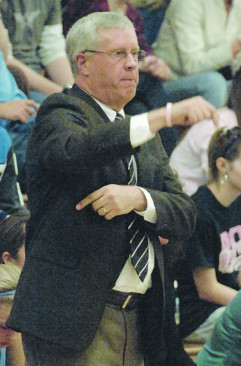 GIRLS' PREP BASKETBALL: Central Hardin's Buckles calls it a career after 24 years (03/17)