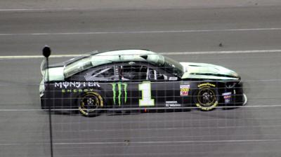 NASCAR: Kurt Busch wins at Sparta