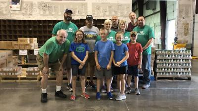 WesBanco employees volunteer at Feeding America